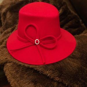 Soprattutto Cappelli Repubblica Italiana Accessories - Vintage Wool Felt Red Hat Made In Italy